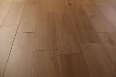 RADY FLOOR品牌~超耐磨導角小木紋塑膠地板每坪2200元起**時尚塑膠地板賴桑**