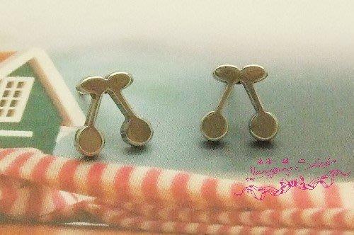 *。漾漾小舖*。淘氣小巧可愛櫻桃不鏽鋼耳針式耳環【A1859】☆不易過敏