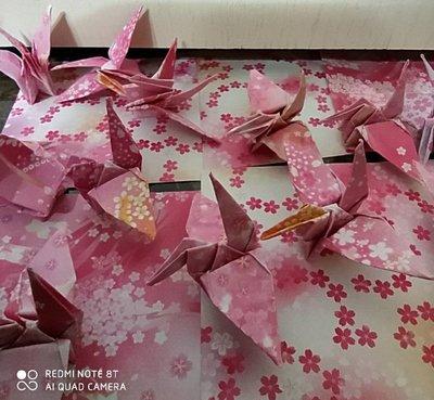 ※Amy小舖※~雙面櫻花6.5*6.5紙張紙鶴- 手工摺紙 紙鶴 千紙鶴(最佳禮物/情人節/畢業典禮/聖誕節/生日禮物)