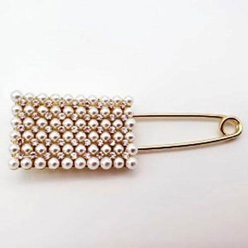 阿猴達可達 日本空運 珍珠鑽別針 胸針 披肩別針 珍珠披肩針 四角款 搭衣好好看 日本限定款 全新特價420元