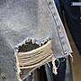 牛仔褲丹寧口袋寬褲 薄款輕柔舒適水洗淺色40~100公斤刷破毛邊牛仔五分褲 艾爾莎【TAE8361】