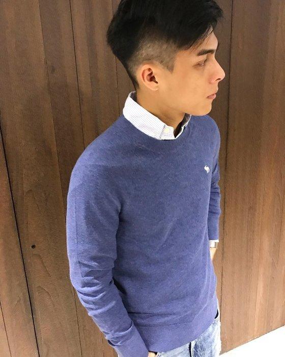 美國百分百【Abercrombie & Fitch】針織衫 AF 毛衣 麋鹿 圓領 羊毛 線衫 復古藍 M號 H405