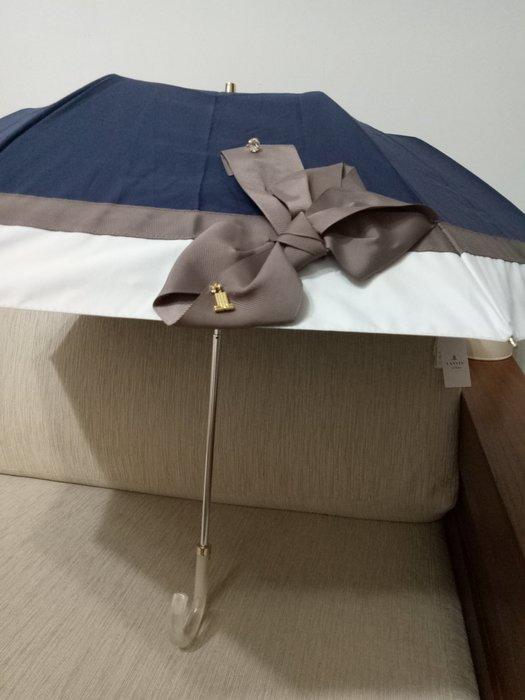 天使熊雜貨小舖~LANVIN手動摺疊晴雨傘  全新現貨