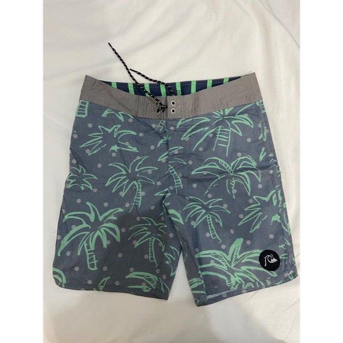 二手正品 Quiksilver 澳洲 夏日衝浪扶桑花短褲 灰綠海灘褲 大童 瘦小男女