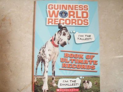 Scholastic-Gunners World Record Book of Ultimate Records