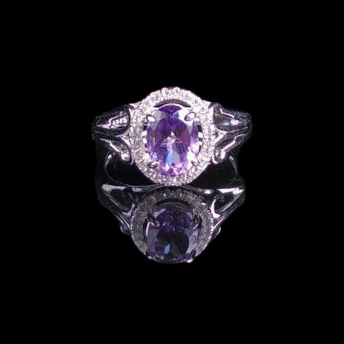 《博古珍藏》925純銀鑲紫水晶戒指.內徑16mm.戒圍可自行調整.飾品配件.求婚訂婚禮品禮物.附包裝盒.底價回饋