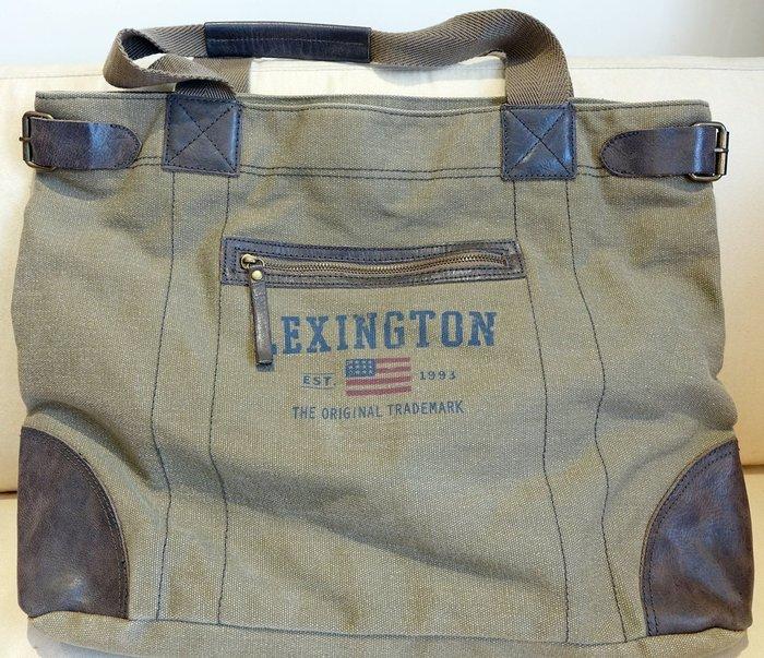 大降價!全新美國名牌【LEXINGTON】復古個性款偏橄欖綠色系大側背包手拿包,中性男女皆宜,不易撞包!無底價!免運費!