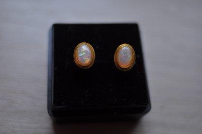 14K金天然蛋白石耳環