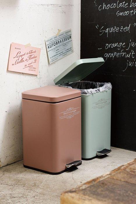 垃圾桶--日本Paseo鄉村風方型鐵皮腳踏式垃圾桶--秘密花園