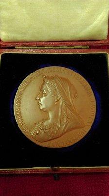 大草原典藏,英國百年女王銅章,缺貨