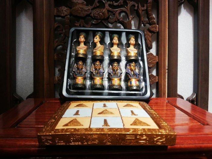 [居家藝術- 設計作品 手工彩繪-5.5cm 法老王 vs 埃及豔后 遊戲 棋組 ]- 8棋+.棋盤@$1480圖坦卡門