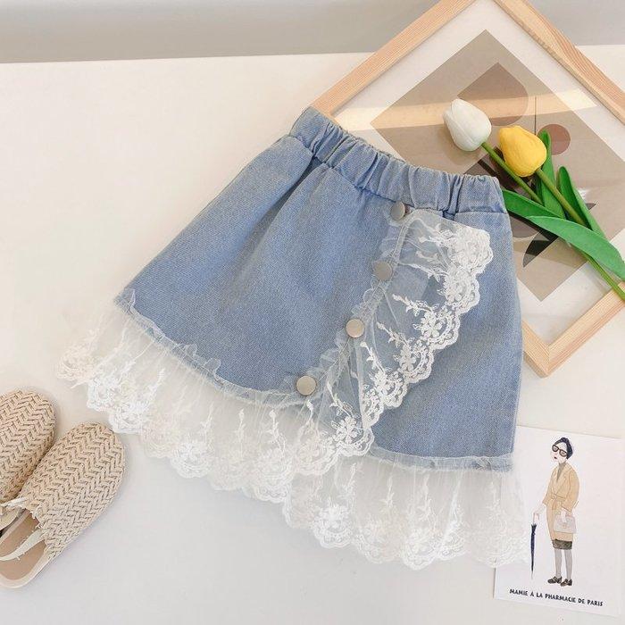 •*~ 辣媽咪衣飾小舖 ~*•❤童裝系列❤K330237韓版兒童夏款公主氣質蕾絲拼接洋氣水洗牛仔短裙