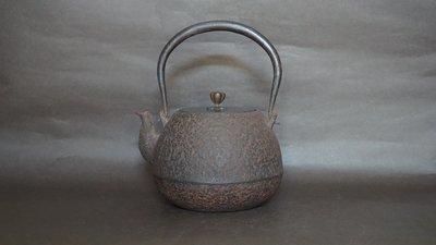 **** 愛忻坊 **** 日本~金龍堂佐野林造寶珠型三款鐵瓶/鐵壺