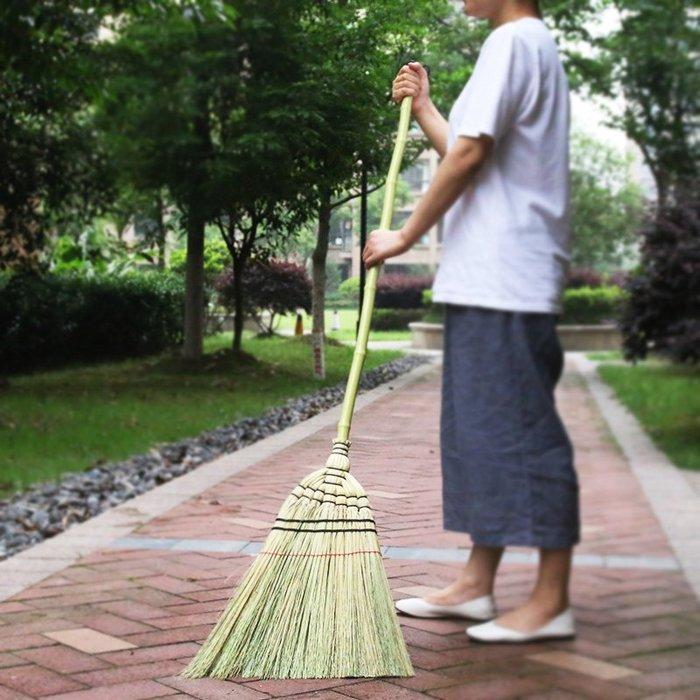潮人街~竹掃把居家裝飾生活 現貨+預購 掃把掃帚 竹製品 客廳清潔用品 藝之初日式庭院掃把長柄高粱大掃帚戶外竹掃把掃落葉
