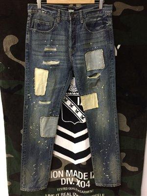 ~BLACK  5NO~   izzue 貼布挖破潑漆水洗小直筒牛仔褲 限量牛仔褲 Levi's牛仔褲 bape 熱賣