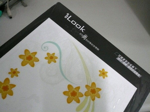 iLook 筆記型電腦外殼 時尚彩殼貼 法式風情 ( Eee PC 專用的7吋 彩繪外殼保護貼 )