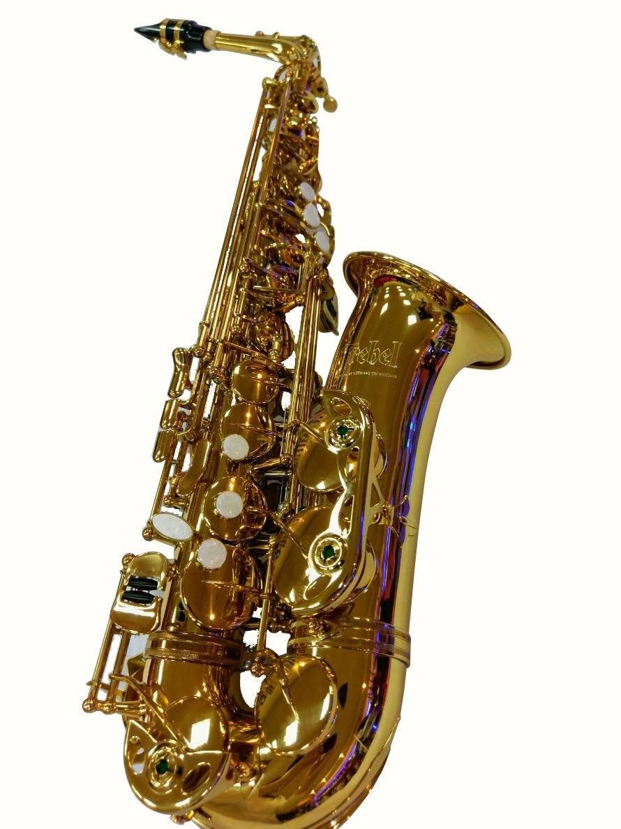 中音薩克斯風alto,德國品牌Trebel TA-332L 型,德國設計款式,台灣台中后里廠代工製造, 高級黃銅鍍金漆。  售價:TWD $24800
