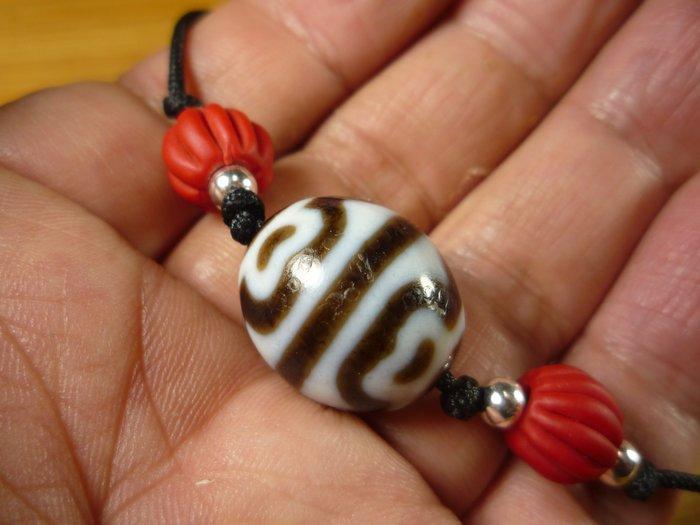 【珠添神聖】 傳說天珠 西藏 達洛型 虎牙蓮花天珠項鍊  ~隨附收藏珠寶絨布袋~1