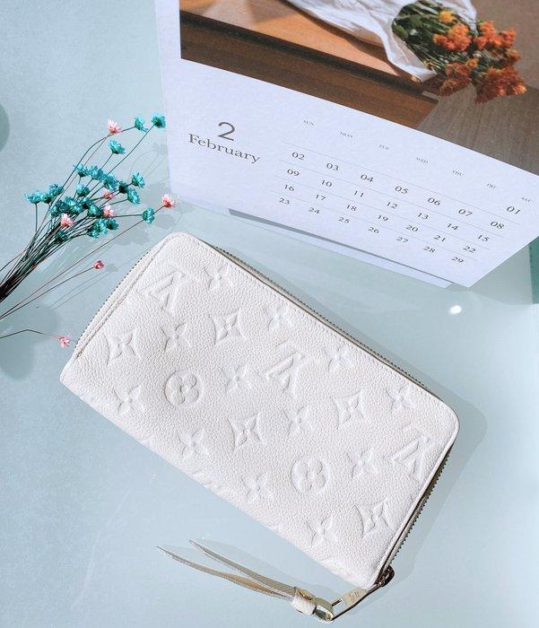 二手旗艦 LV 白色 全皮壓紋 10卡 零錢袋 ㄇ字拉鍊 對開長夾 皮夾 (中友店) 12507