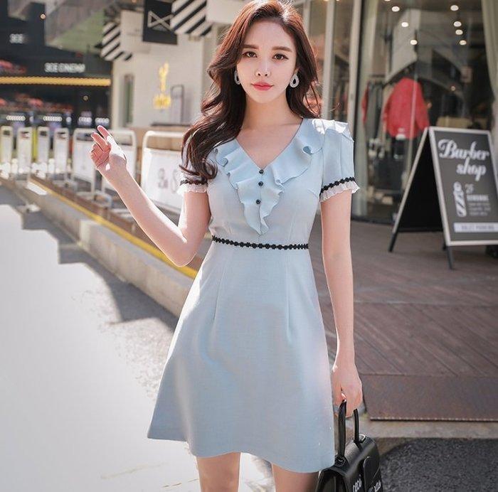 短袖洋裝淺藍色V領荷葉邊箱子袖滾黑色蕾絲短袖洋裝許願魔鏡@wishing Mirror-*-D18BDR257
