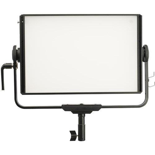 APUTURE NOVA P300c 全彩燈 (出租燈光、燈光出租、出租LED燈)