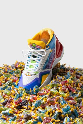 Tu.DOS NEW BALANCE X JOLLY RANCHER THE KAWHI BBKLSMT1  男鞋