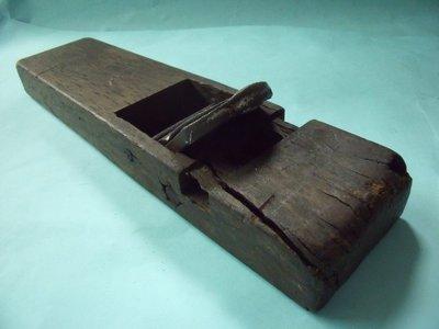 【姜軍府】懷舊!《二手刨刀》古早味 裝置藝術 擺飾 電視電影道具 早期工藝品 木工木材木製品工具