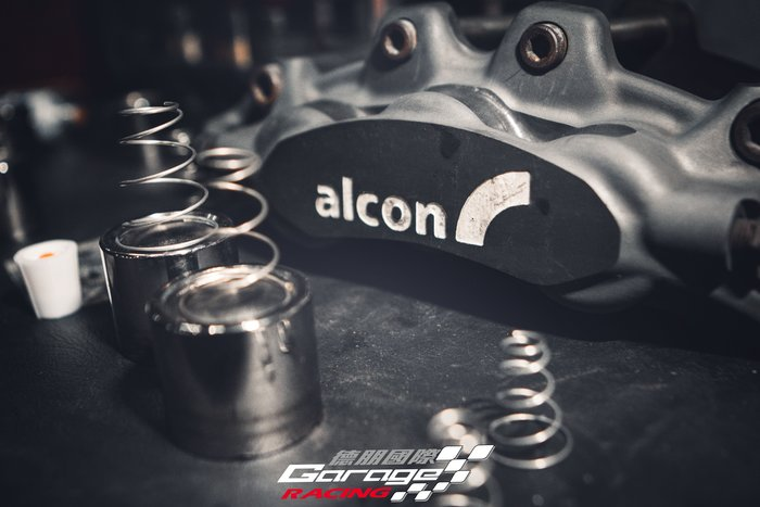 德朋國際 / ALCON CAR89六活塞卡鉗  卡鉗清潔 保養 來令片 烤漆 外盤更換