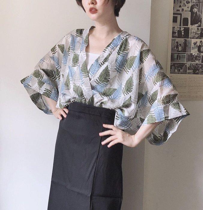 SEYES  和風涼爽樹葉印花kimonoV領寬袖上衣(附內搭)