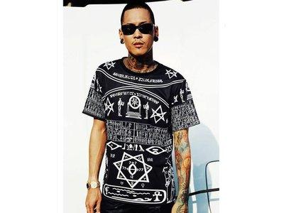 【HYDRA】曼谷品牌 FUXURY Black Hierogryph Tee Inspired KTZ 復古 英倫  XS / S / M / L / XL