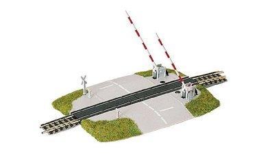 傑仲 博蘭 FLEISCHMANN 鐵軌零件 Level crossing with lifting 9198 N