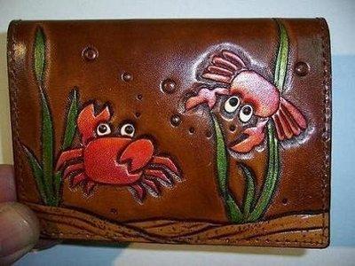 螃蟹星座名片皮夾巧將皮雕手工皮件真皮內裡可訂其它圖案顏色Cheergiant  visiting card pouch