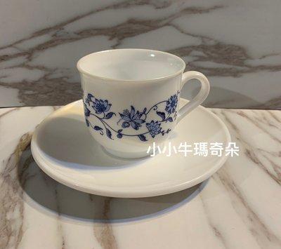 ~小小牛瑪奇朵2~早期法國製ARCOPAL白底藍花咖啡杯盤組