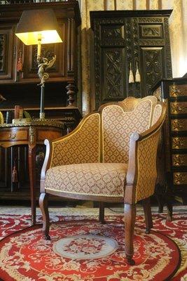 【家與收藏】賠售特價稀有珍藏歐洲百年古董英國古典大器珍貴手工Inlaid花卉圖紋優雅扶手椅/沙發椅