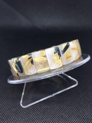 鈦晶手排 鈦晶手珠 重38.6克 寬15咪 手圍19 A15