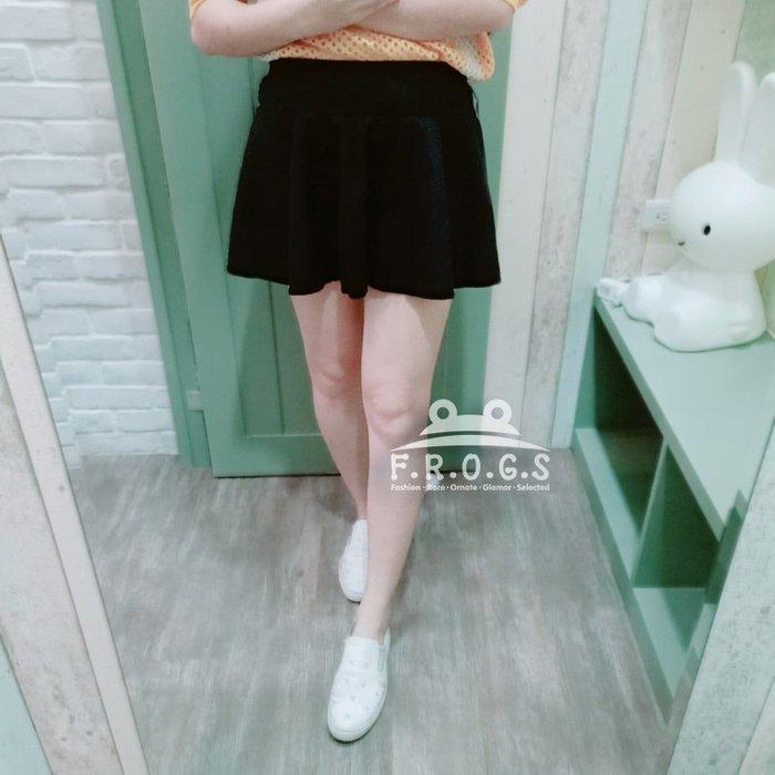 F.R.O.G.S T00040中腰素色黑色波浪大擺氣質造型短裙休閒裙圓裙膝上裙毛呢裙-二手品(現貨)