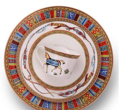 出口歐洲骨瓷餐具 大小盤+咖啡杯碟 Wedgwood愛馬仕cutipol royal Albert 居家裝飾