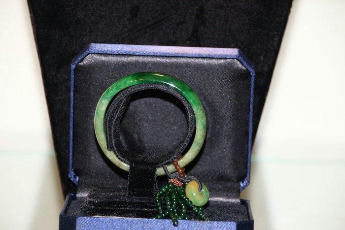 A貨 玉手環含賴泰安証書