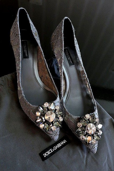 *Beauty*DOLCE&GABBANA灰色蕾絲水鑽高跟鞋 37.5號 WE18 原價26000元