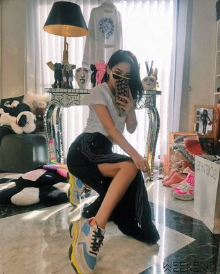 【WEEKEND】 BALENCIAGA Triple S 巴黎世家 休閒鞋 老爹鞋 女款 藍色 黃色 18秋冬