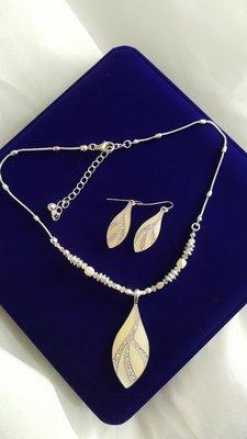 CD5 歐美飾品 禮服洋裝配件 生日禮物 情人節禮物 珍珠釉彩閃亮水鑽項鍊 短鏈 鎖骨鏈 耳環 兩件套 現貨