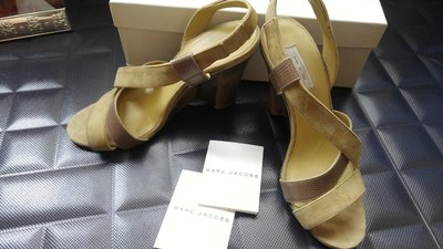 LV 設計師 Marc Jacobs 淺松石綠麂皮木底高跟鞋