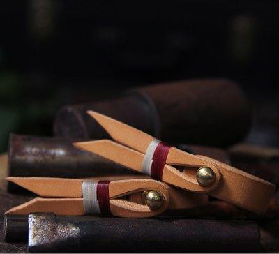 拓荒者革製所。Studio機車牛皮手鐲印第安風格植鞣革皮環 阿美咔嘰美式復古真皮手環