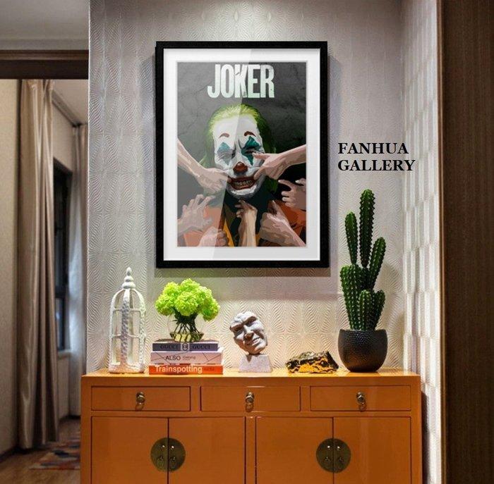 C - R - A - Z - Y - T - O - W - N Joker小丑電影封面掛畫DC反派英雄人物掛畫經典電影角色裝飾畫瓦昆菲尼克斯掛畫創意禮物
