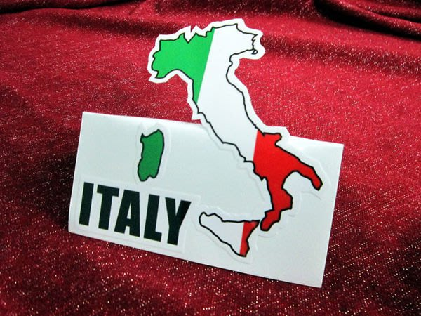 【國旗貼紙專賣店】義大利國旗地圖抗UV、防水行李箱貼紙/Italy/多國款可訂製