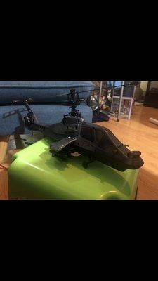 大型60cm長像真阿帕奇遙控直升機 全新