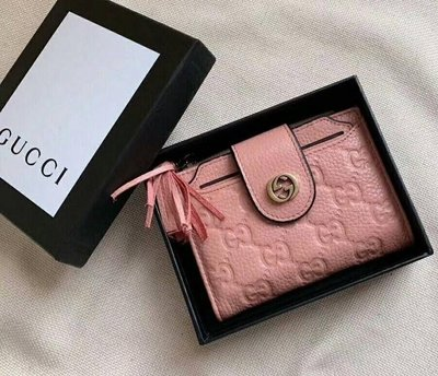 全新Gucci 粉色全皮革壓紋證件照片多功能夾
