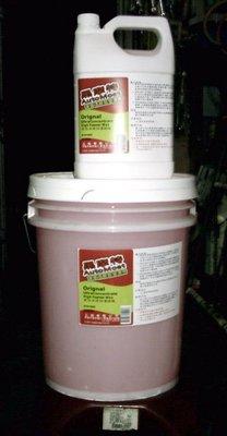【專業洗車設備の店 】專業洗車用濃縮泡沫精 1加侖.(另有5加侖)