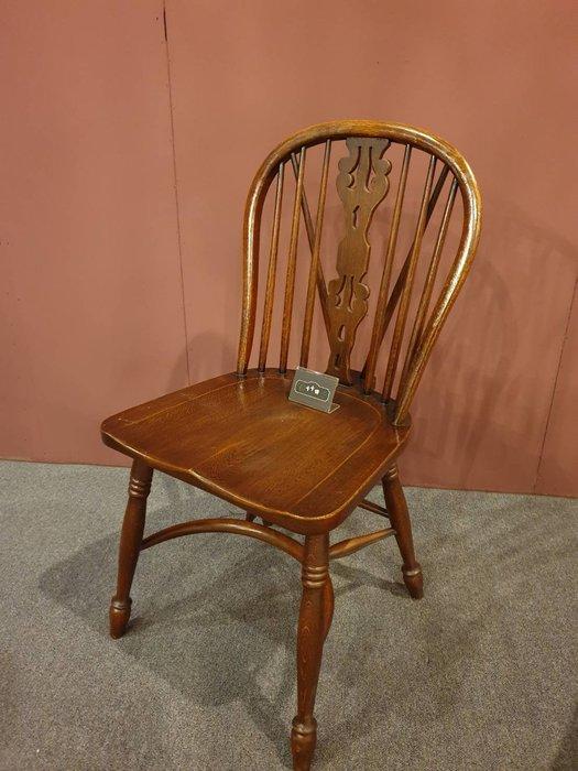 【卡卡頌 歐洲跳蚤市場/歐洲古董】漂亮英國老件  橡木雕刻溫莎椅 餐椅 書桌椅 ch0334✬