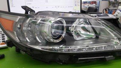 凌志 ES300H  原廠件  右邊大燈 九成新 安勇汽車